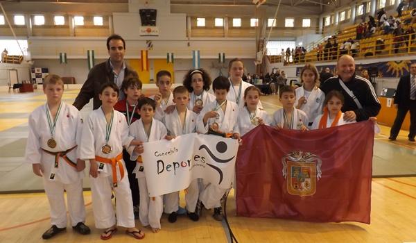 Almería triunfa en el campeonato de Andalucía alevín y benjamín