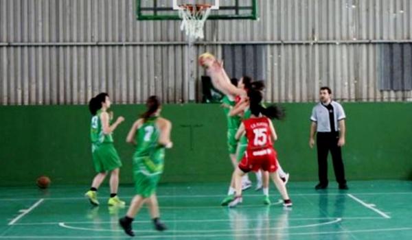 Play off de baloncesto femenino en Sevilla
