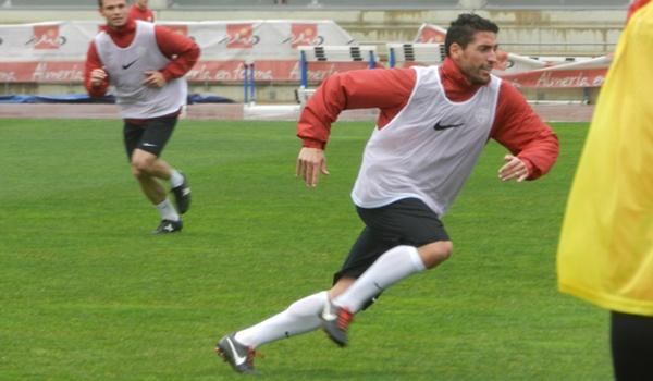 El Almería recibe a Las Palmas en Liga Adelante de fútbol