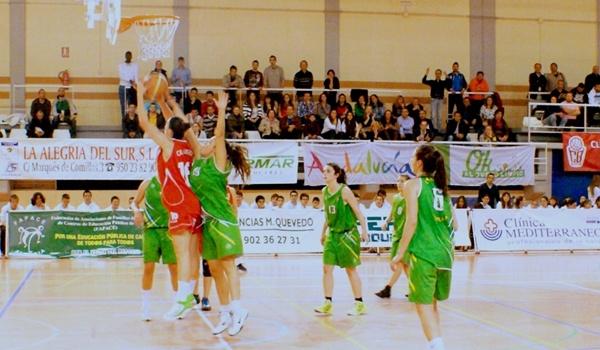 Semifinales de Primera División Nacional de baloncesto femenino ante Club Náutico de Sevilla