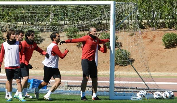 El Almería visita al Córdoba en la Liga Adelante