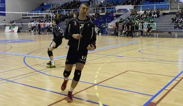 Jugador de Turquía ahora en Almería para Superliga ante Teruel