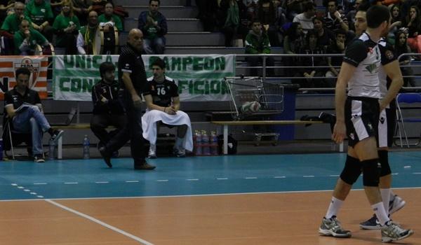 Unicaja Almería y CMA Soria deciden una semifinal de la Superliga de Voleibol en España