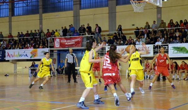 El equipo del Puerto de Santa María (Cádiz) venció en la pista almeriense baloncesto femenino