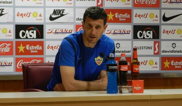 El míster de la UD Almería busca la tercera victoria consecutiva en Liga Adelante