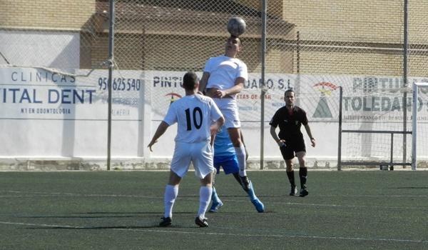 El equipo de Almería lucha contra Los Villares de Jaén