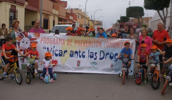 Ciclismo en familia en Los Llanos de Vícar (Almería)