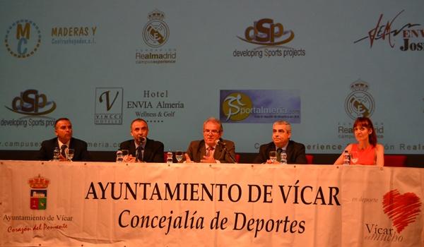 Fundación Realmadrid con fútbol y baloncesto en el verano de 2013 en Almería