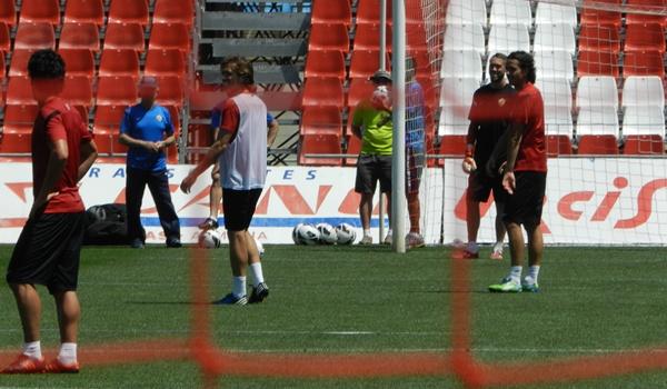 La UD Almería se juega ser de Primera División en El Madrigal