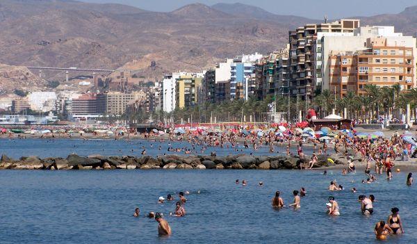 Los alquileres vacacionales en Almería, entre los más baratos de la costa española