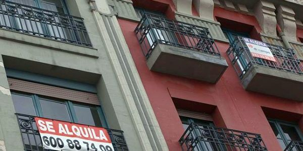 Fomento investiga 174 casos de viviendas protegidas utilizadas como alquiler turístico