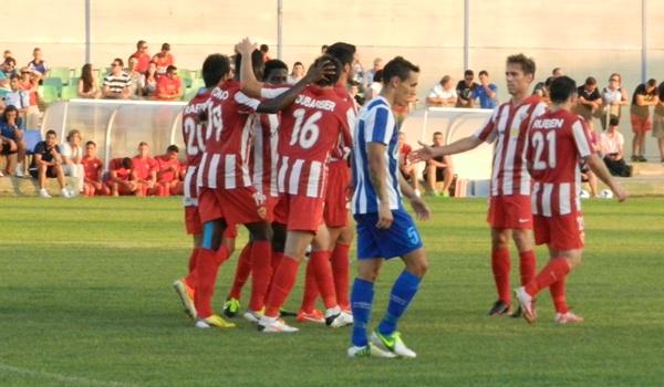 Almería de Primera División ante el Águilas de Tercera en pretemporada