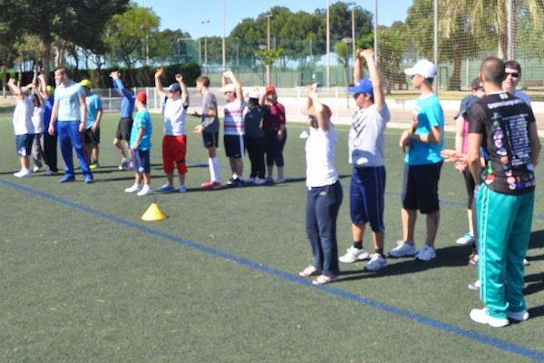 Fútbol 7 y atletismo para alumnos discapacitados