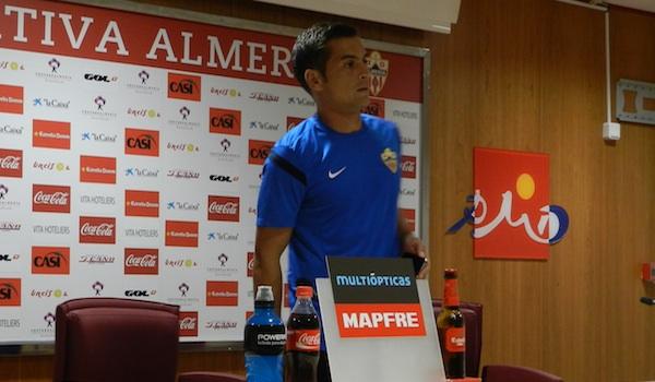 El Almería tiene que ganar antes del Barcelona