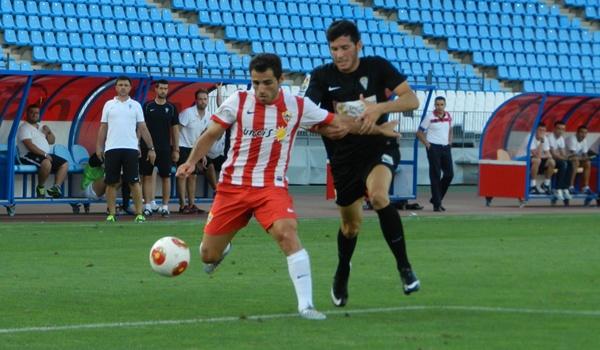 El Almería B no pasa del empate ante el filial cordobesista en Segunda División B