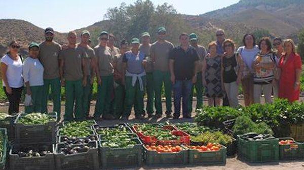 Alumnos taller de agricultura ecológica de Fines