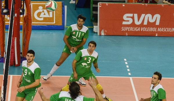 Inicio de Superliga de voleibol con derrota del campeón