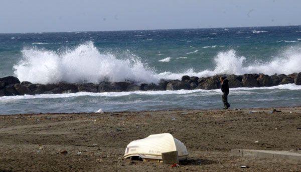 Aviso de temporal marítimo para este domingo en el Poniente y Almería capital