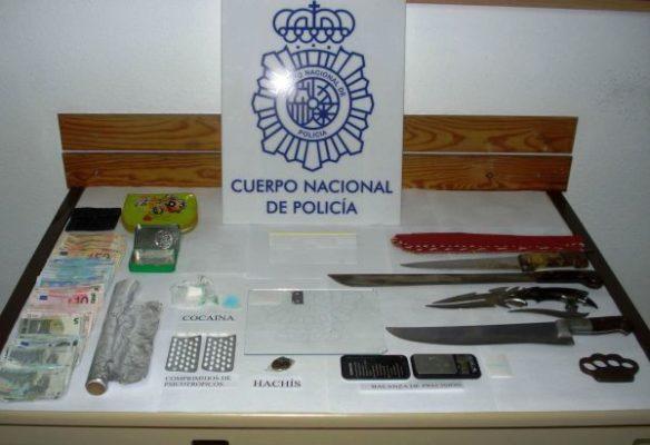 Material intervenido por la Policía Nacional de Almería