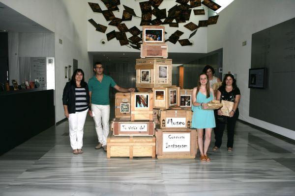 Foto familia concurso Museo de Almería