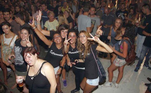 Acuerdo para cerrar bares de copas y discotecas en toda España ante el avance de la covid-19
