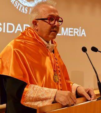Momento de la intervención del consejero de Economía de la JUnta, José Sánchez Maldonado
