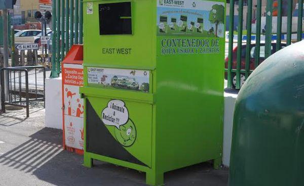 contenedor de ropa usada