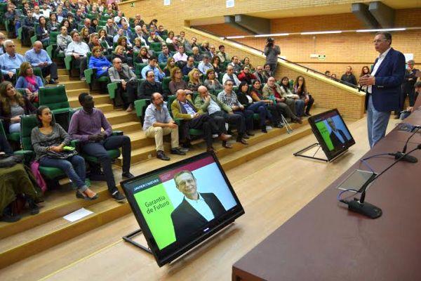 Presentación De las Nieves rector UAL 2
