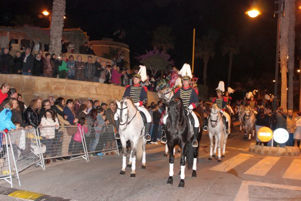 La Guardia de Caballería, a la cabeza de la cabalgata de Roquetas