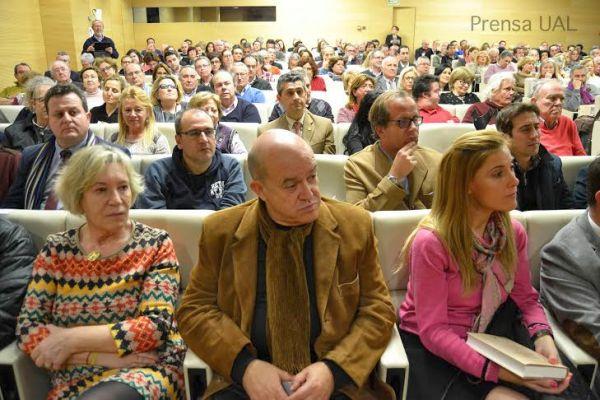 Más de 300 personas asistieron a la presentación del libro 'Ibn Luyun: Tratado de Agricultura'