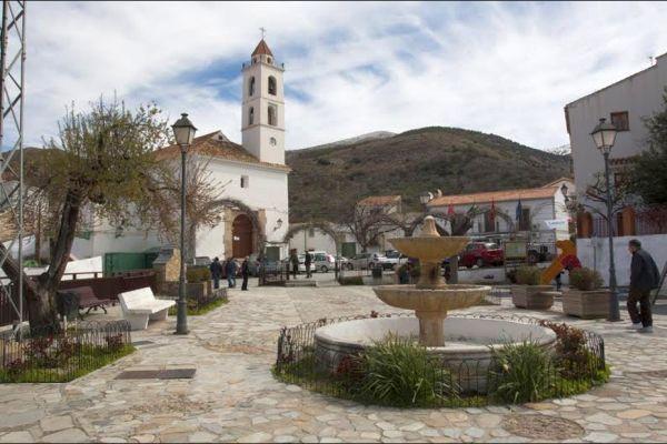 Plaza de Bacares, en la Sierra de Filabres