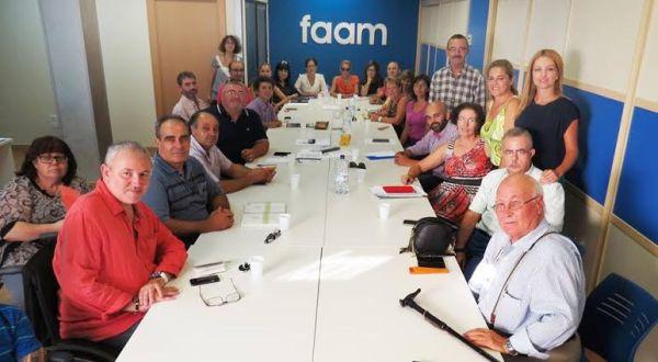 Reunión de los representantes de la FAAM con la delegada de Salud