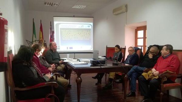 Miembros del GDR Alpujarra-Sierra Nevada Almeriense, presidido por el alcalde de Adra