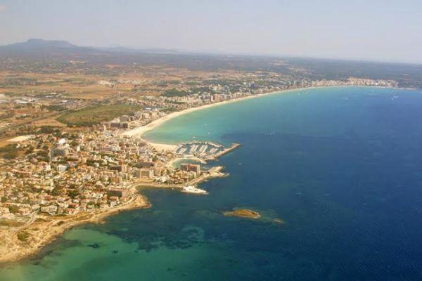 Grupos hoteleros de Mallorca y el Govern colaborarán para fomentar el turismo cultural