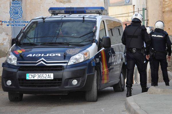 Cuatro detenidos y dos heridos en una pelea en Almería provocada por un comentario en redes sociales