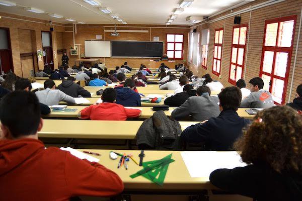 Exámenes matemáticas UAL