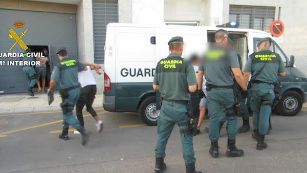 Detenidos cuatro jóvenes en el Poniente tras una veintena de robos en viviendas de Guadix