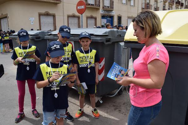 La provincia de Almería confía las prácticas del reciclaje a un millar de 'municipalillos'