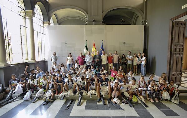 Almería recibe a 86 menores saharauis en familias de acogida de la provincia