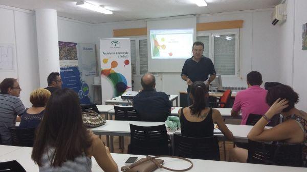 Sesión del CADE de Vélez Rubio