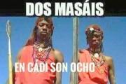 Dos masais en Cádiz