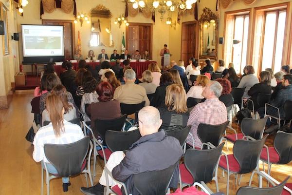 Momento de las Jornadas sobre Política de la Infancia celebradas en Almería