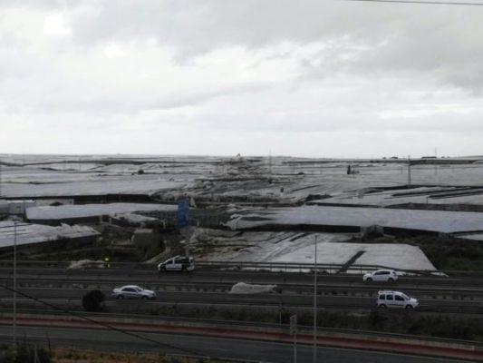 Daños de un tornado en El Ejido