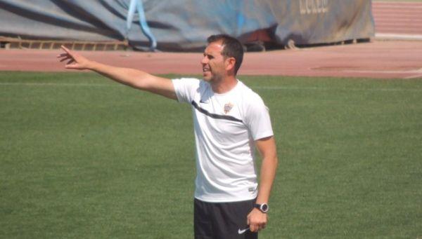 Esteban Navarro, Almería B