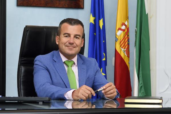 Salvador Hernández