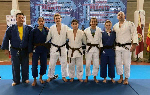 Judocas de la EDM Alianza KSV participan en una concentración internacional
