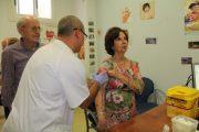 Salud administrará más de 94.000 dosis de vacuna de la gripe entre la población de riesgo en Almería