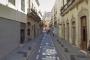 Evacuadas cinco personas en la calle Real de Almería por un incendio en su vivienda