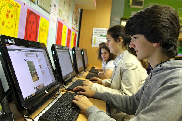 jóvenes internet