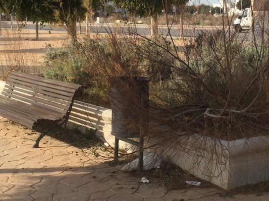 Almería se sitúa entre las ciudades más sucias de España, según un estudio de la OCU